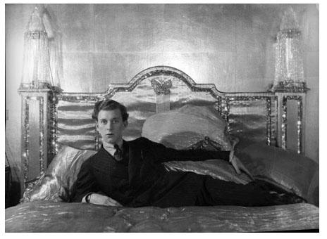 style w somerset maugham of the verger Somerset maugham (1874-1965)  révèlent toute la palette de l'auteur et permettent d'apprécier la remarquable concision de son style  the verger – le bedeau.